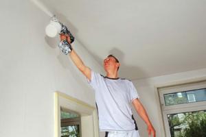 Как побелить потолок – побелка потолка